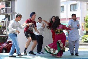 ネパール群舞